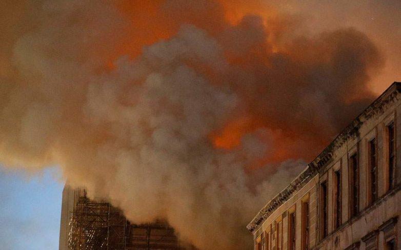 Πυρκαγιά στη Σχολή Καλών Τεχνών της Γλασκώβης