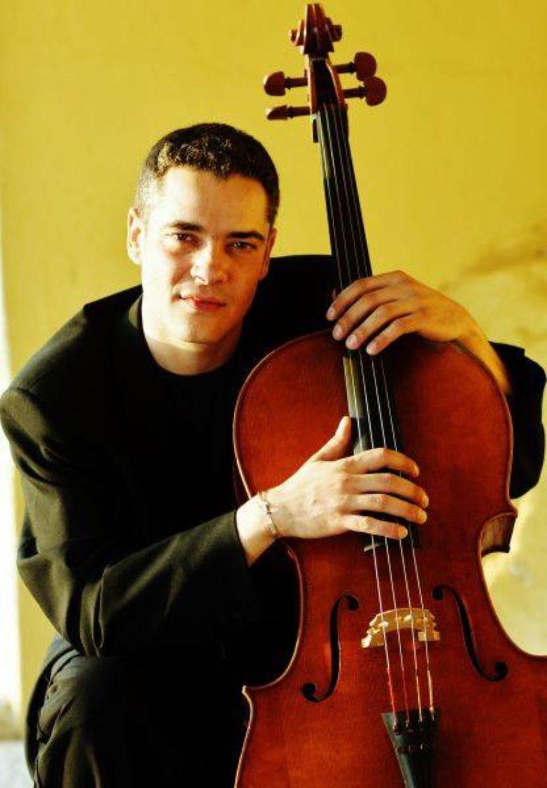 Πρόσωπα της πόλης- Θέμης Βαγενάς, Βιολοντσέλλο – Δ/νση ορχήστρας