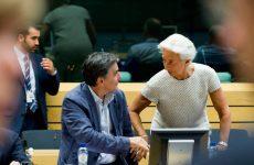 «Παγώνει» ο ESM την εκταμίευση του 1 δισ. ευρώ
