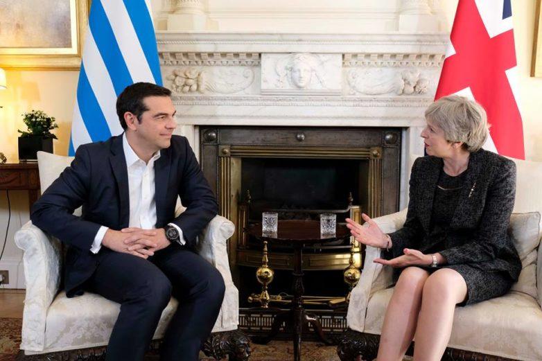 Τι είπαν Τσίπρας- Μέι στη Downing Street
