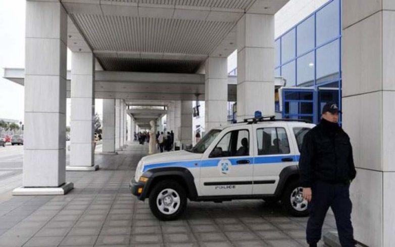 Σύλληψη αλλοδαπών για πλαστογραφία πιστοποιητικών