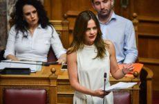 Ψηφίστηκε το νομοσχέδιο για την αντιμετώπιση της αδήλωτης εργασίας