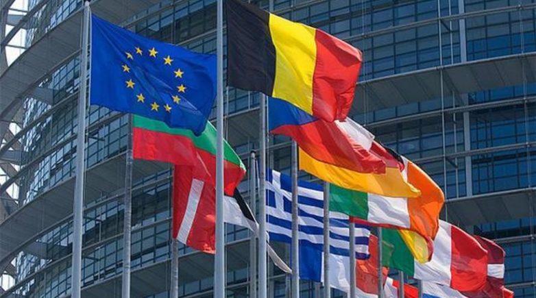 Η ΕΕ εντείνει τη δράση της κατά της παραπληροφόρησης
