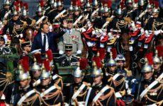 Μεγαλειώδης παρέλαση στο Παρίσι για τη 14η Ιουλίου