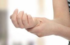 Παλάμη και δάκτυλα χτυπά η Ωλένια Νευρίτιδα