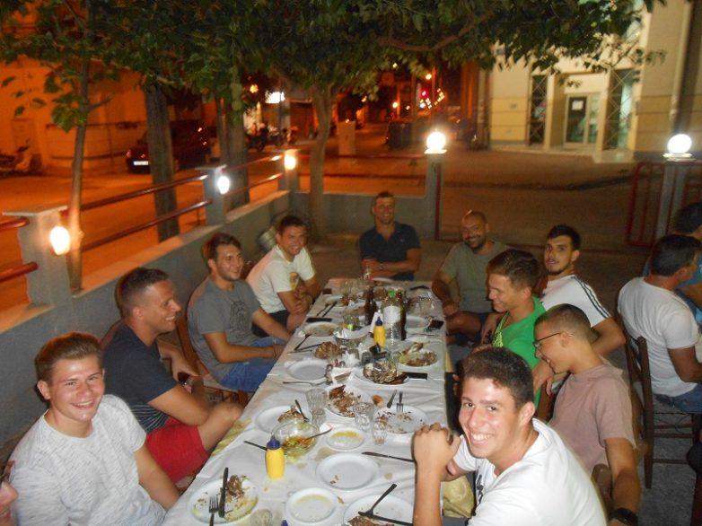 Δείπνο στην ομάδα πόλο του Γ.Σ.Β. «Η ΝΙΚΗ»