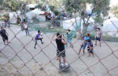 Politico: Έρευνα για κακοδιαχείριση προσφυγικών κονδυλίων στην Ελλάδα ξεκινά η ΕΕ