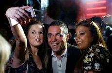Φιέστα Ζάεφ για το ΝΑΤΟ: Η «Μακεδονία» έχει λόγο να πανηγυρίζει