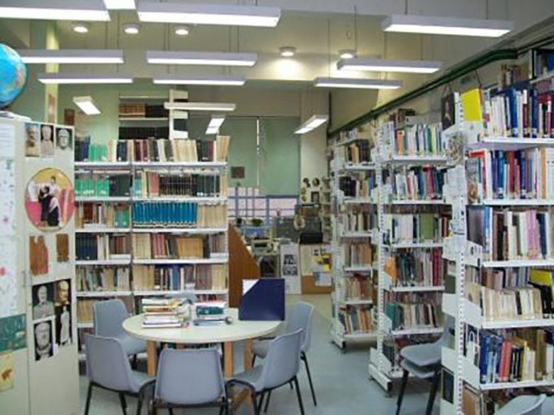 Με χρηματοδότηση 2 εκατ. 697 χιλ. € εντάσσονται στο Σύστημα Δικτύου Σχολικών Βιβλιοθηκών οι πρώτες 913 σχολικές μονάδες πρωτοβάθμιας εκπαίδευσης