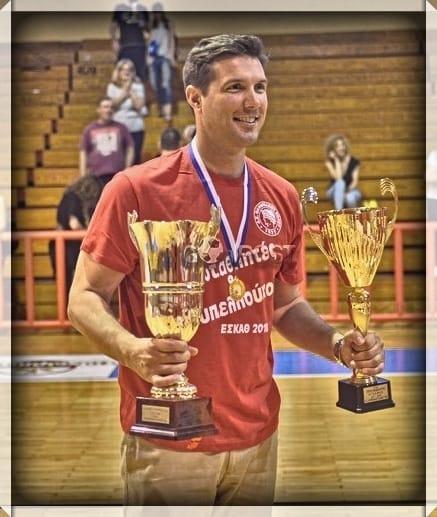 Προπονητής της ανδρικής ομάδας καλαθοσφαίρισης του Ολυμπιακού Βόλου ο Παν. Γκουγκουτούδης