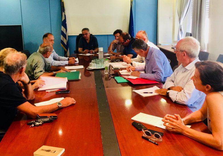 Συνάντηση υπουργού Εσωτερικών- συλλόγων και κατοίκων στο Μάτι και το Νέο Βουτζά