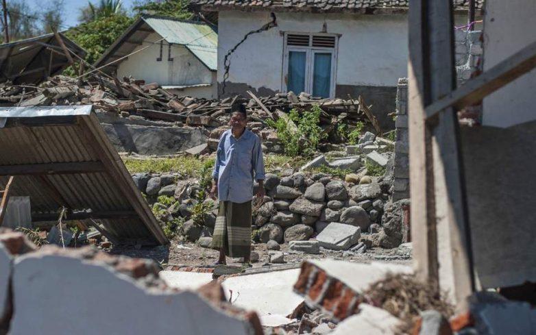 Iνδονησία: 98 νεκροί από ισχυρό σεισμό