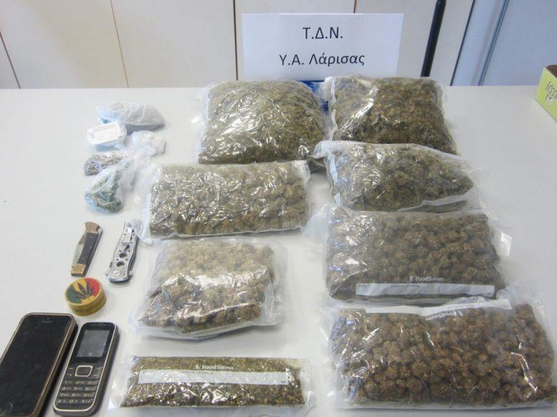Σύλληψη δύο ατόμων με ποσότητες και δενδρύλλια κάνναβης