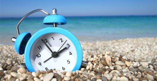 Η E.E. προτείνει να καταργήσει την εποχιακή αλλαγή της ώρας