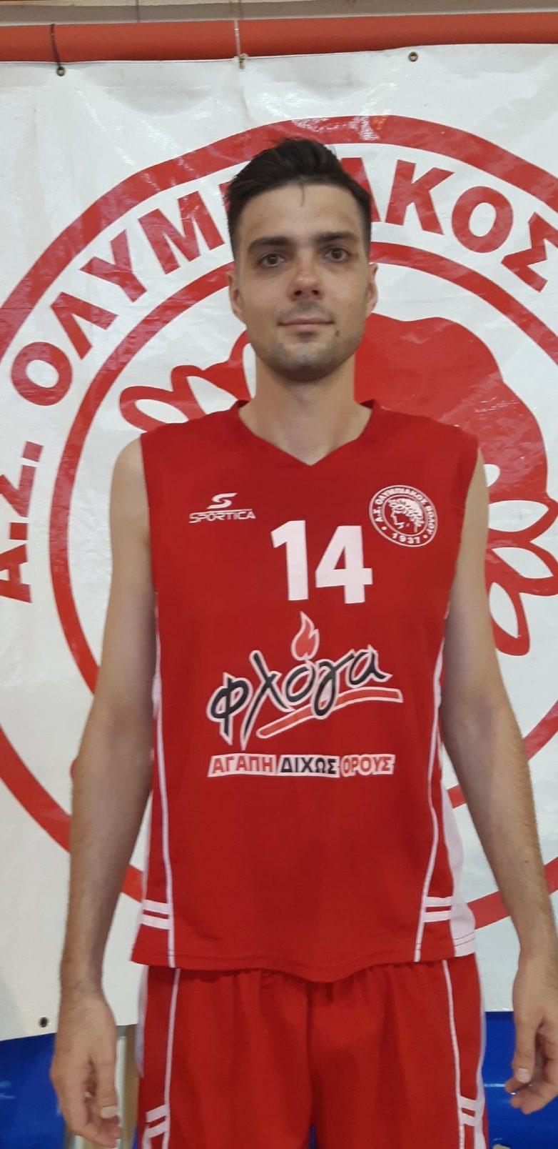 Ο  Θωμάς Χαρχαρής νέο απόκτημα της ομάδας μπάσκετ του Ολυμπιακού Βόλου