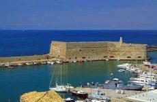 Ηράκλειο: Νεκρός 16χρονος μετά από πτώση σε βράχια στο Ενετικό Λιμάνι