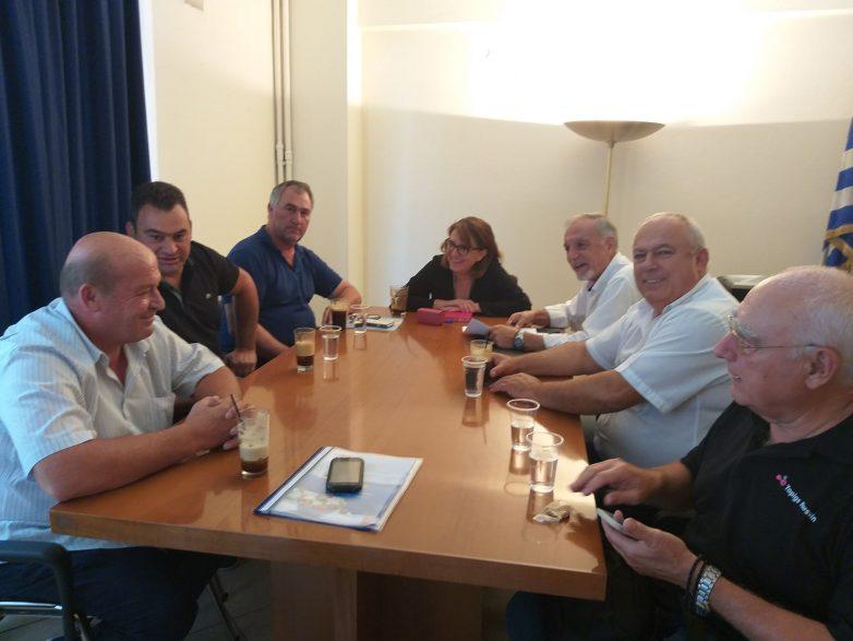 Συνάντηση υφυπουργού ΥΠΑΑΤ Ολυμπίας Τελιγιορίδου με το προεδρείο του Συνδέσμου Ελληνικής Κτηνοτροφίας