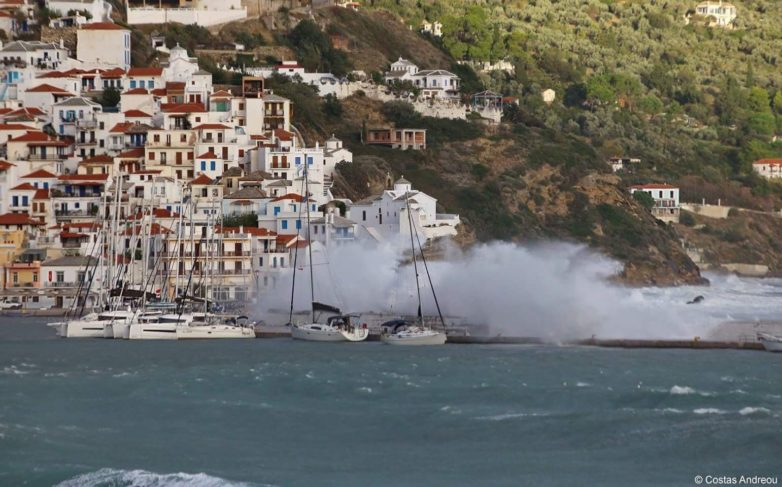Βύθιση σκάφους στην Σκόπελο