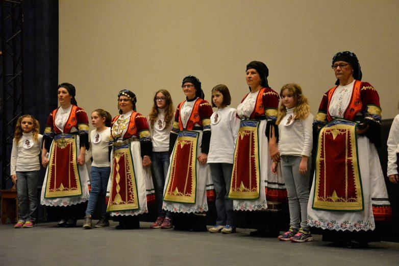 Τμήματα εκμάθησης παραδοσιακών χορών από τον Πολιτιστικό Σύλλογο Σοφαδιτών Μαγνησίας