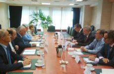 Συνάντηση αντιπροέδρου της Κυβέρνησης και υπουργού Οικονομίας & Ανάπτυξης με τον επικεφαλής των Γερμανικών Ταμιευτηρίων
