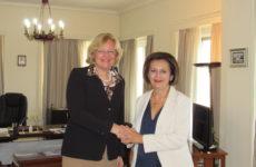 Συνάντηση στο ΥΠΕΣ με την πρέσβειρα της Αυστρίας Andrea Ikić-Böhm