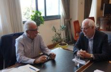 Συνάντηση υπουργού Παιδείας, Έρευνας και Θρησκευμάτων  με τον δήμαρχο Λαρισαίων Απόστολο Καλογιάννη