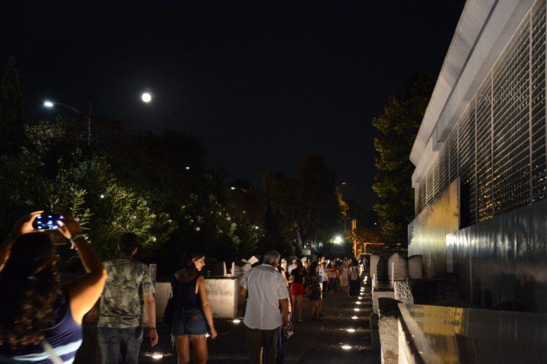 Πάνω από 100.000 επισκέπτες απόλαυσαν την αυγουστιάτικη πανσέληνο