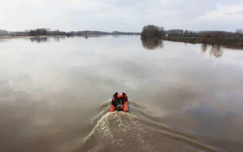 Έρευνες για τον εντοπισμό ατόμων στον ποταμό Έβρο