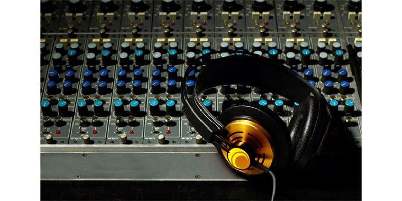 Επέκταση κλαδικής ΣΣΕ εργαζόμενων τεχνικών ραδιοφωνίας και ηχοληπτών