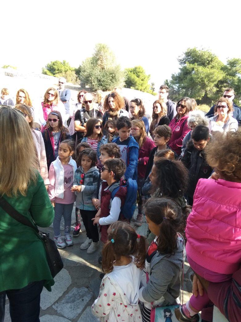 Τον αρχαιολογικό οικισμό στο Διμήνι γνώρισαν γονείς και παιδιά