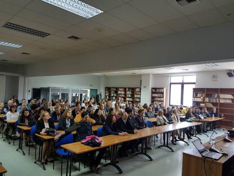Η εμπειρία της ευτυχίας σε εκδήλωση της Μητροπόλεως για τα μέλη των Σχολών Γονέων
