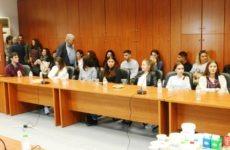 Υποτροφίες σε 15 φοιτητές από την ΕΒΟΛ