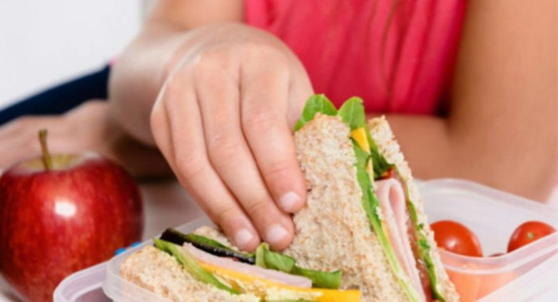 Προγράμματα διατροφής στα Σχολεία