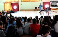 Με επιτυχία πραγματοποιήθηκαν ενημερωτικές διαλέξεις σε σχολεία του Βόλου, με θέμα την ασφαλή πλοήγηση στο διαδίκτυο
