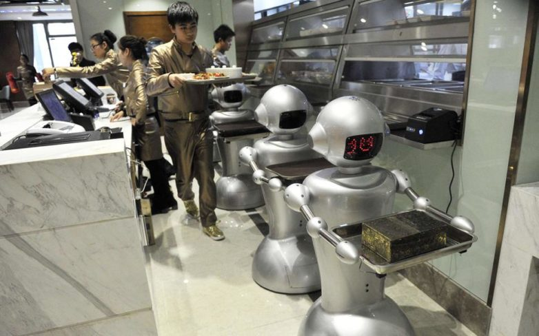 Η ΕΕ εντείνει τη δράση της κατά της αναγκαστικής μεταφοράς τεχνολογίας από την Κίνα