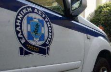 Γυναίκα δολοφόνησε με μαχαίρι τον 79χρονο σύντροφό της στον Πειραιά