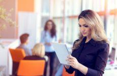 Η συμμετοχή των γυναικών στην ψηφιακή οικονομία της ΕΕ εξακολουθεί να υστερεί