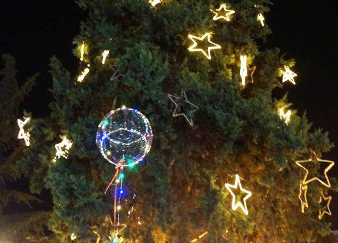 Το Σάββατο η φωταγώγηση του Χριστουγεννιάτικου δένδρου του Δήμου Ν. Πηλίου