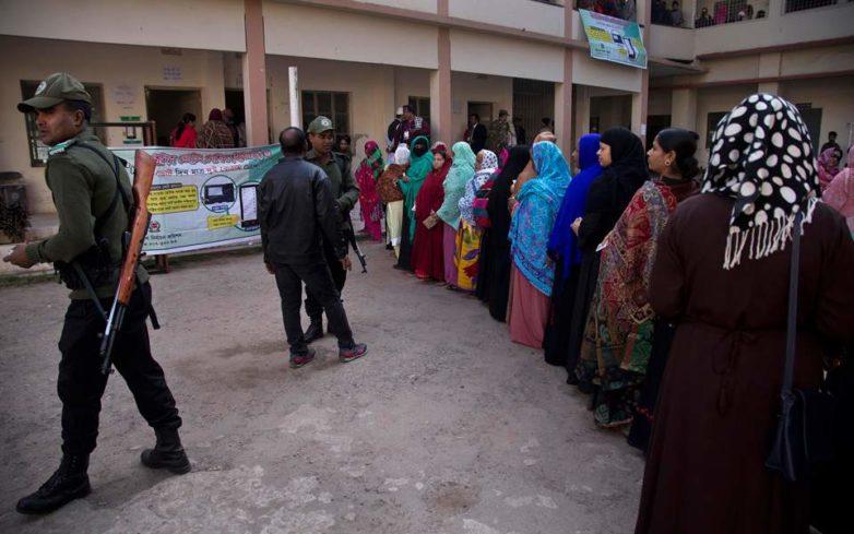 Ματωμένες εκλογές στο Μπανγκλαντές με 10 νεκρούς