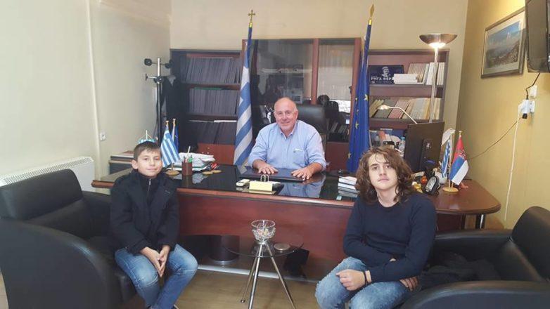 Δημήτρης Νασίκας: Ο Δήμος Ρήγα Φεραίου τιμά παιδιά πρότυπο
