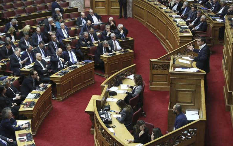 Με 154 «ναι» ψηφίστηκε ο προεκλογικός προϋπολογισμός
