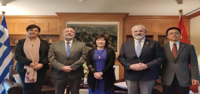 Συνάντηση Πρυτανείας Π.Θ.-πρέσβειρας της Κίνας στην Ελλάδα
