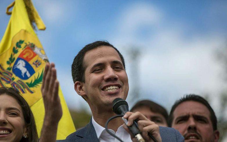Βενεζουέλα: ΗΠΑ και Αυστραλία αναγνωρίζουν τον Γκουαϊδό ως μεταβατικό πρόεδρο
