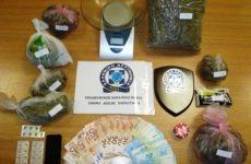 Σύλληψη 62χρονου με ένα κιλό κάνναβη και χάπια