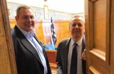 Συνάντηση Καμμένου – Μπαλτάκου στη Βουλή