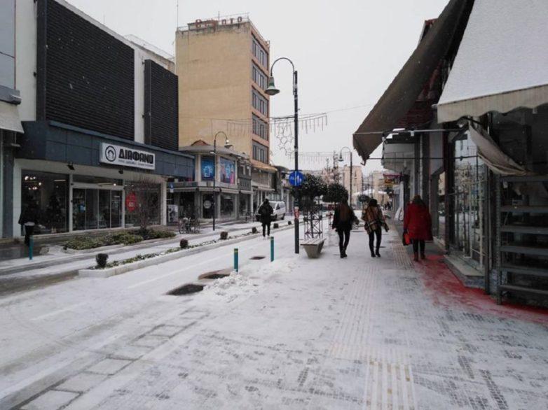 Κλειστά αύριο όλα τα σχολεία στη Λάρισα