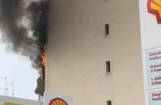 Φωτιά σε διαμέρισμα πλάι σε βενζινάδικο
