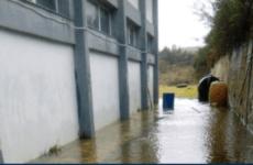 Λυματολάσπη πλημμύρισε το Δημοτικό Στάδιο Σκιάθου