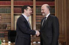 Μοσκοβισί σε Τσίπρα: Η Ελλάδα και ο λαός της αξίζουν ένα πλήρες successs story