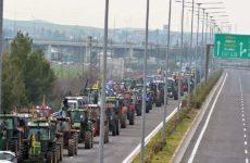 Αποκλεισμό του κόμβου στον Πλατύκαμπο αποφάσισαν οι αγρότες της Νίκαιας